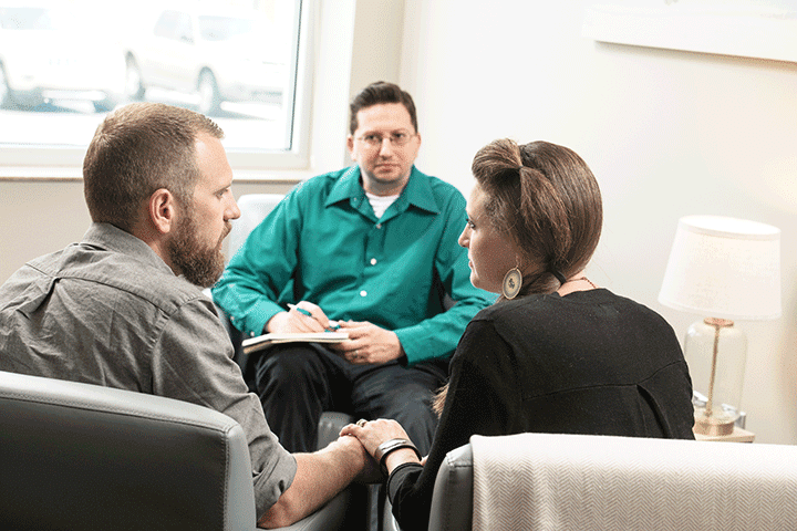 couple in office therapy